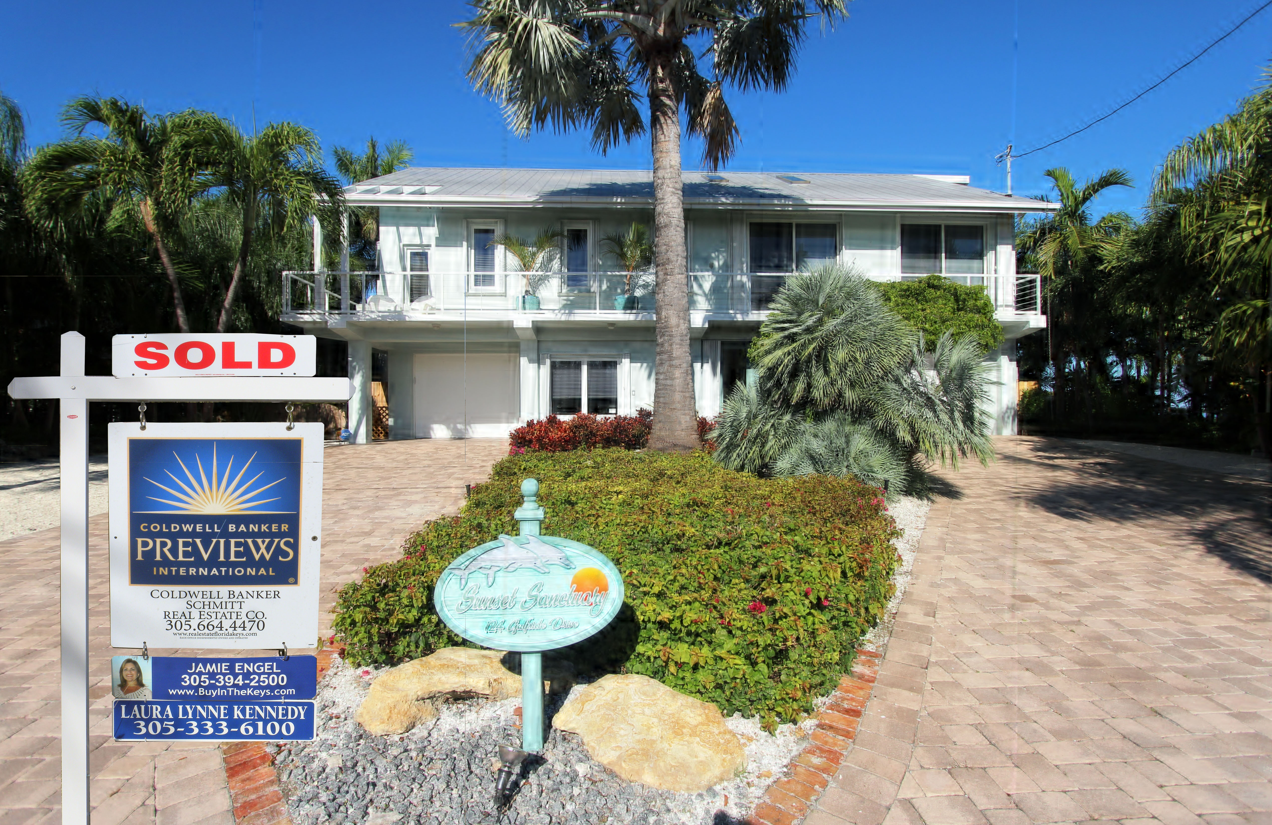 House Sold Keys - Viewing Gallery